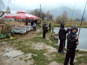 Клуб риболовец